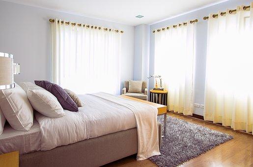 poduszki-w-sypialni