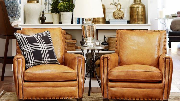 jak wybrać fotel skórzany do salonu